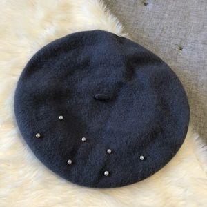 NWT charming Charlie pearl embellished beret
